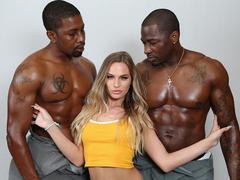 aaliyah y sloan ama trio con su novio